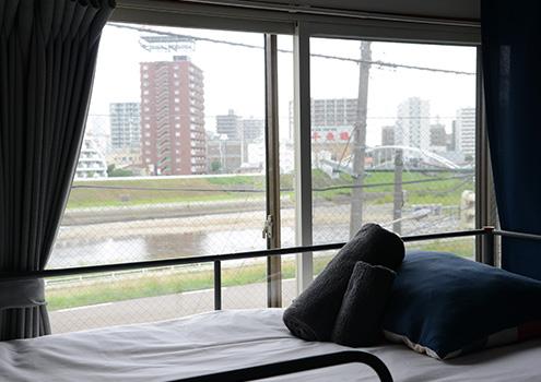 ゲストハウスからの豊平川の眺め